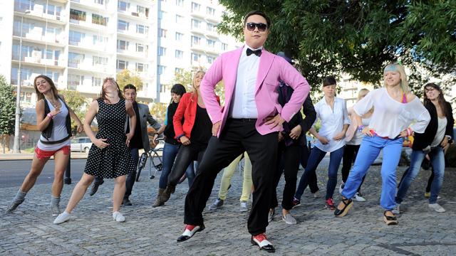 Tańczący Bilguun Ariunbaatar